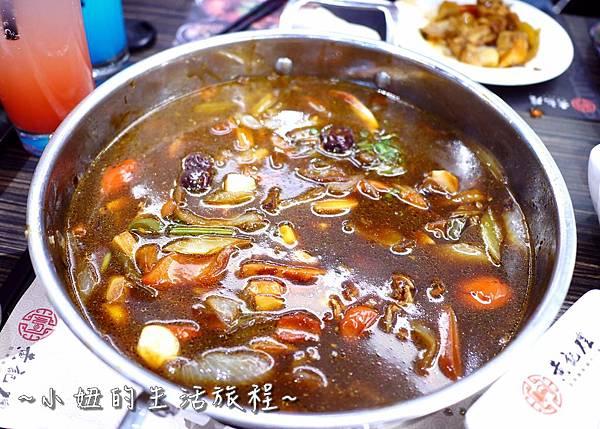43 台灣 黃記煌 三汁燜鍋 台北 .JPG