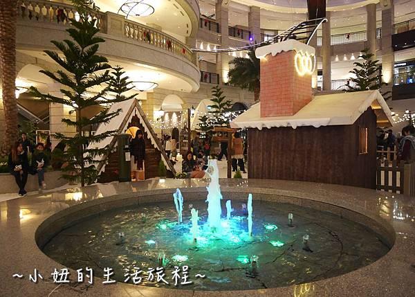 02 2016 BELLAVITA 聖誕節  貴婦百貨耶誕樹.JPG