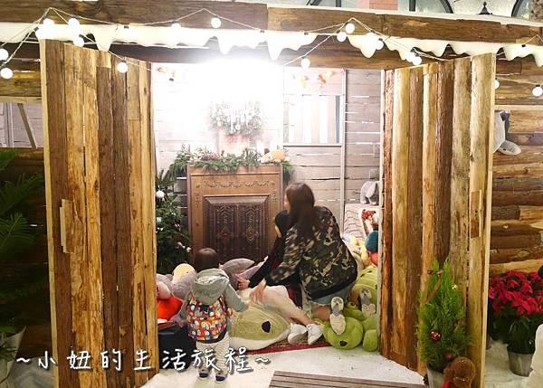 07 2016 BELLAVITA 聖誕節  貴婦百貨耶誕樹.JPG