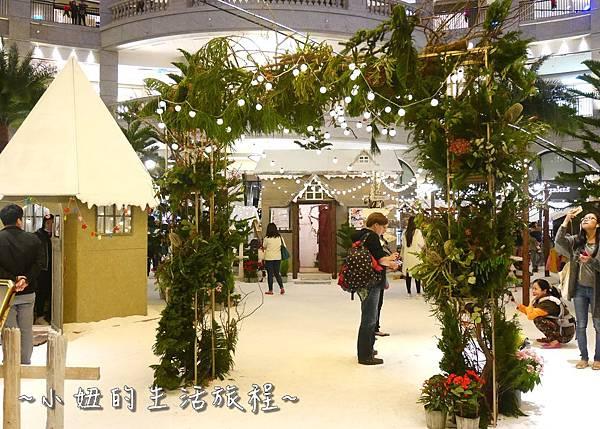 12 2016 BELLAVITA 聖誕節  貴婦百貨耶誕樹.JPG