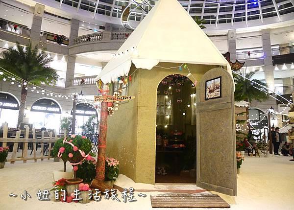 13 2016 BELLAVITA 聖誕節  貴婦百貨耶誕樹.JPG