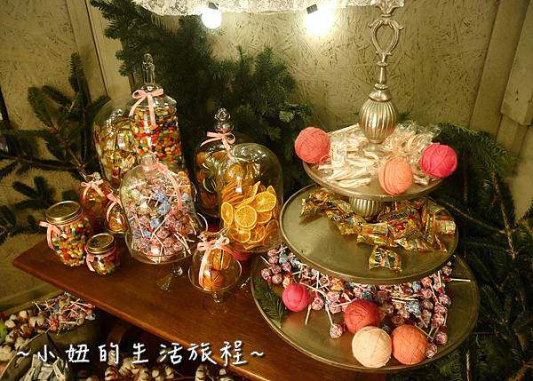 15 2016 BELLAVITA 聖誕節  貴婦百貨耶誕樹.JPG