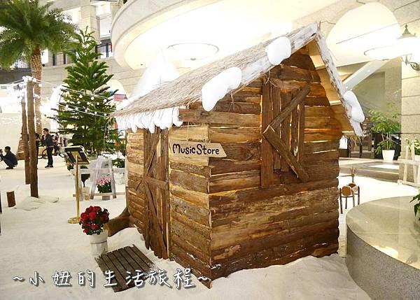 18 2016 BELLAVITA 聖誕節  貴婦百貨耶誕樹.JPG