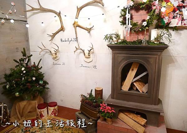 24 2016 BELLAVITA 聖誕節  貴婦百貨耶誕樹.JPG