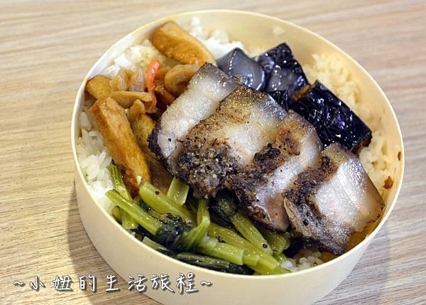 212  新竹關西服務站  國道美食NO.1 關西便當 梅干扣肉便當 客家便當 .JPG