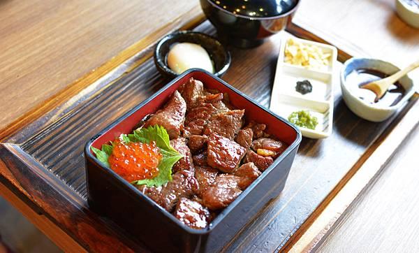 42  開丼 東區美食 牛小排肉山丼 東區餐廳推薦.JPG