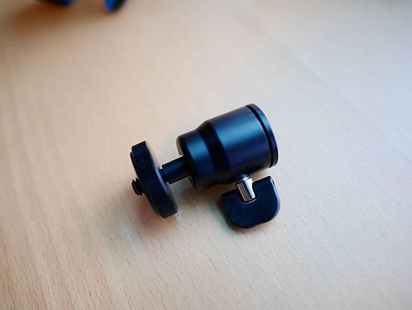 10 Mobile-Catch 行動釽  行動抓 行動爬 行動拔 行動杷 手機固定器 單眼固定器 相機固定器.JPG