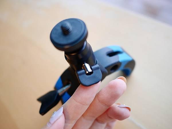 15 Mobile-Catch 行動釽  行動抓 行動爬 行動拔 行動杷 手機固定器 單眼固定器 相機固定器.JPG