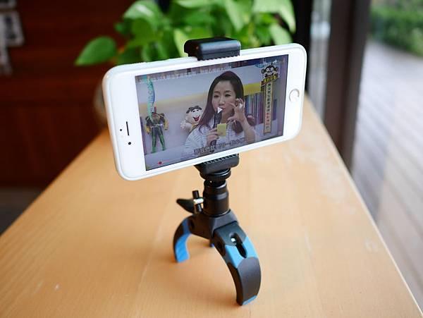 16 Mobile-Catch 行動釽  行動抓 行動爬 行動拔 行動杷 手機固定器 單眼固定器 相機固定器.JPG