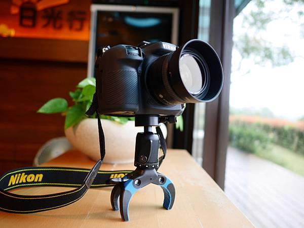 21 Mobile-Catch 行動釽  行動抓 行動爬 行動拔 行動杷 手機固定器 單眼固定器 相機固定器.JPG