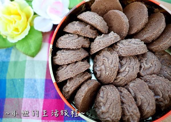 10 台灣黑熊曲奇餅乾 鴻鼎菓子 年節禮盒.JPG