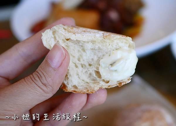 P1080903新北新店碧潭 水灣BALI景觀餐廳 碧潭水舞.jpg