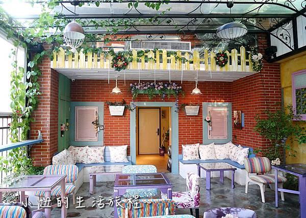 30 迪化街 D.G.Cafe 大稻埕花園旅店.JPG