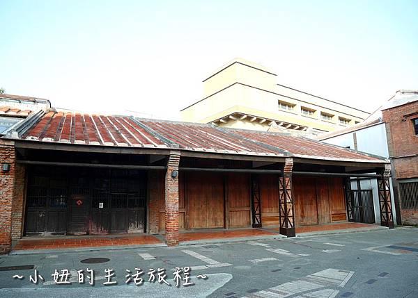 30 萬華 新富町文化市場 剝皮寮對面 捷運龍山寺.JPG