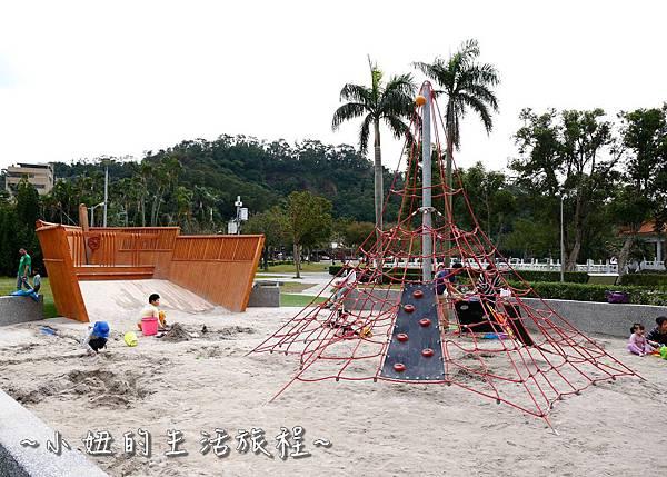 碧湖公園 改建後 內湖碧湖公園兒童遊樂區 閱覽室P1130736.jpg