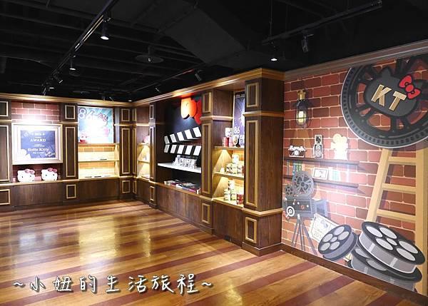 06 林口三井outlet 威秀影城 hello kitty red carpet餐廳.JPG