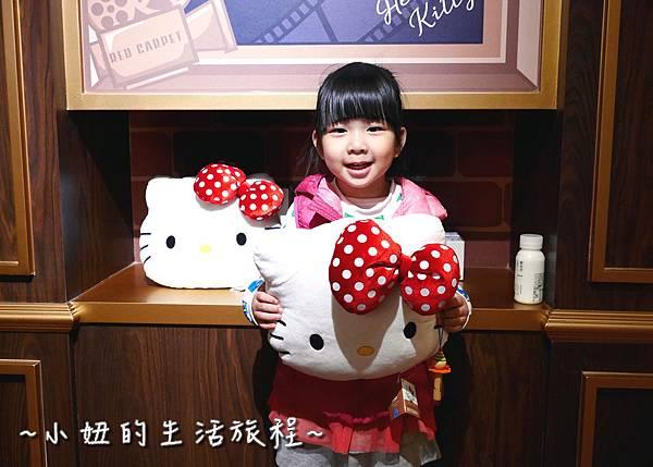 09 林口三井outlet 威秀影城 hello kitty red carpet餐廳.JPG