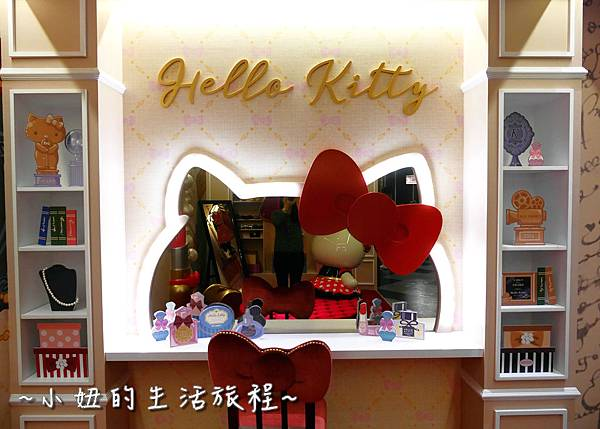 24 林口三井outlet 威秀影城 hello kitty red carpet餐廳.JPG