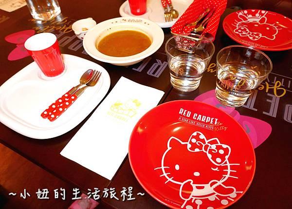 30 林口三井outlet 威秀影城 hello kitty red carpet餐廳.JPG