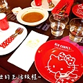 30 林口三井outlet 威秀影城 hello kitty red carpet餐廳.JPG