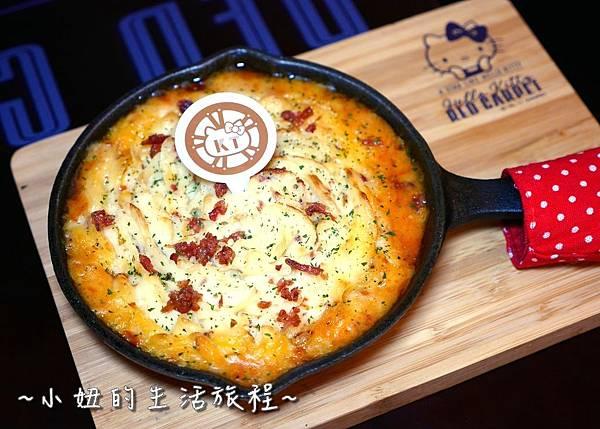 34 林口三井outlet 威秀影城 hello kitty red carpet餐廳.JPG