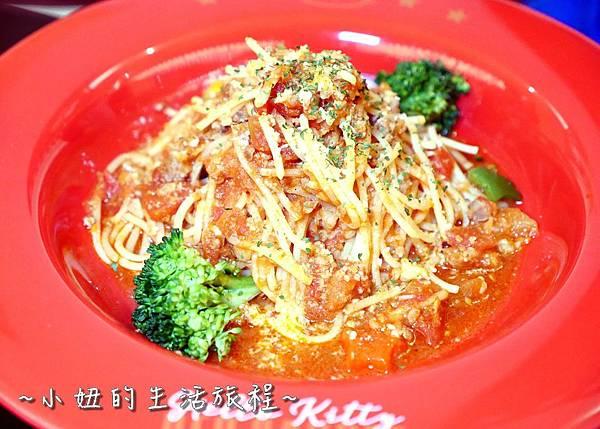 42 林口三井outlet 威秀影城 hello kitty red carpet餐廳.JPG