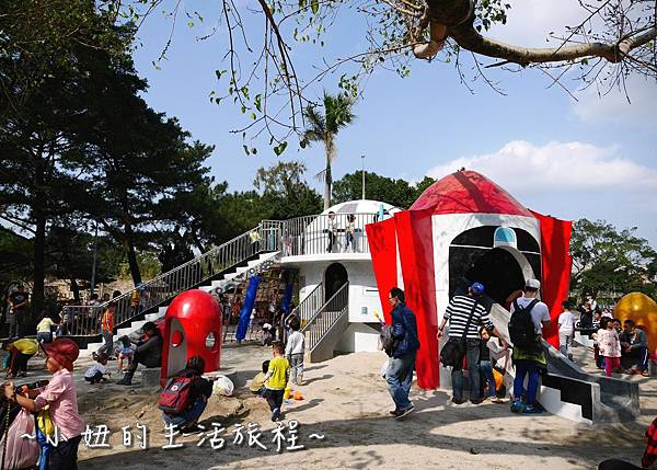 04 萬華青年公園 太空堡壘.JPG