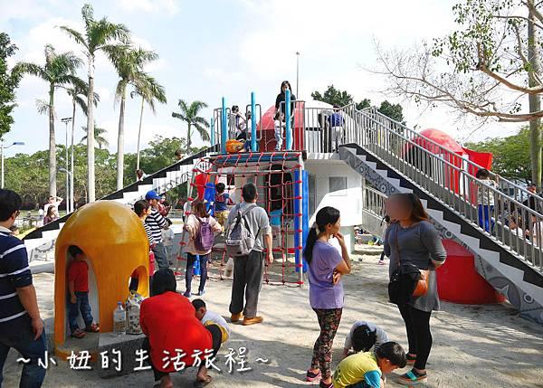 07 萬華青年公園 太空堡壘.JPG