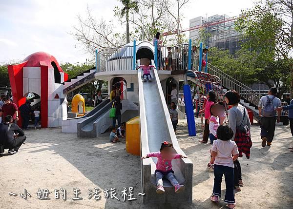 12 萬華青年公園 太空堡壘.JPG