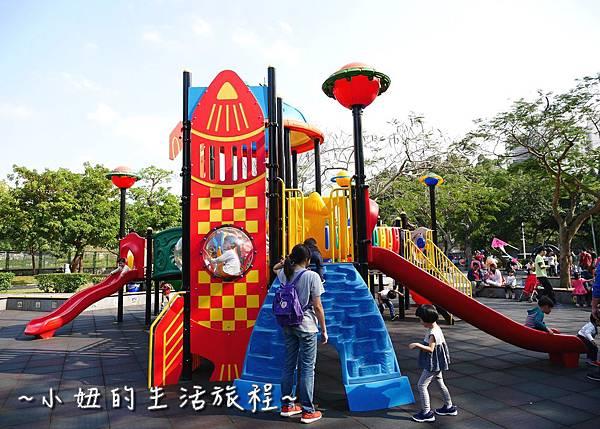 24 萬華青年公園 太空堡壘.JPG