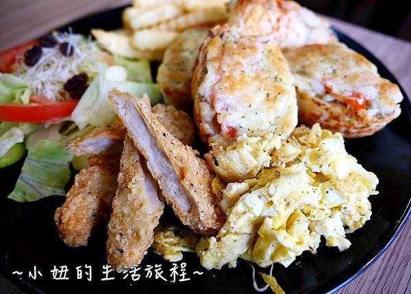 蘆洲丹丹漢堡 豪肉羹 VS 牛寶早午餐P1200114.jpg