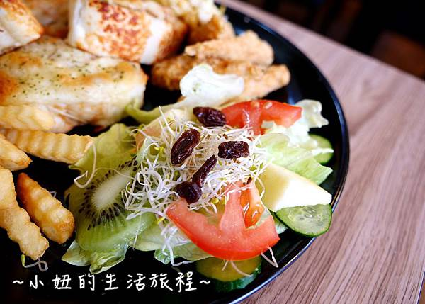 蘆洲丹丹漢堡 豪肉羹 VS 牛寶早午餐P1200115.jpg