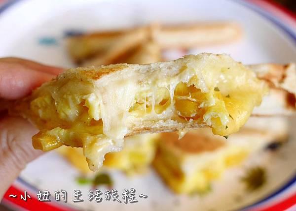 蘆洲丹丹漢堡 豪肉羹 VS 牛寶早午餐P1200147.jpg