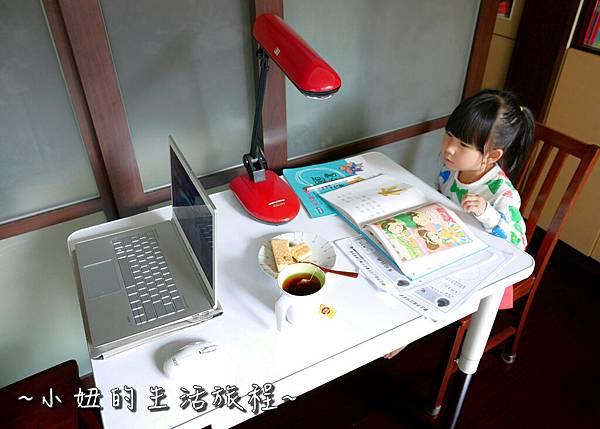 愛兒館  兒童成長桌椅  兒童桌 兒童椅 P1210270.jpg