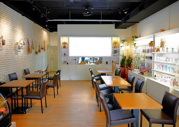 08 蘆洲不限時咖啡廳 蘆洲美食  蘆洲甜點 蘆洲蛋糕 蘆洲下午茶 Hermia.JPG