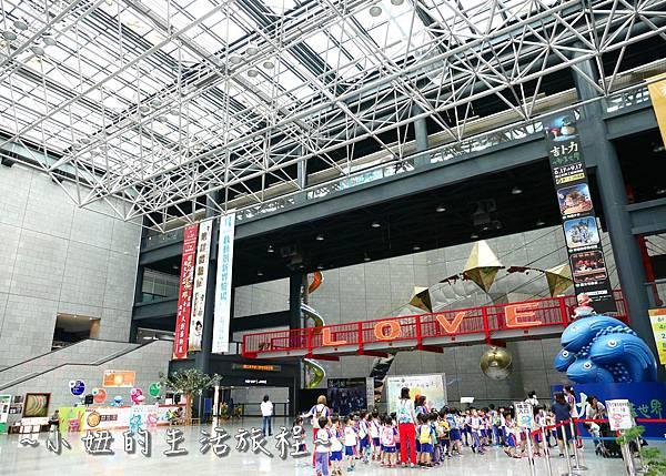 國立科學工藝博物館 亞洲最高 立體螺旋溜滑梯P1230414.jpg