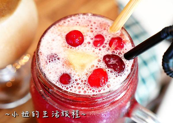 mucho happiness 信義咖啡廳  市政府咖啡店  市政府早午餐P1260727.jpg