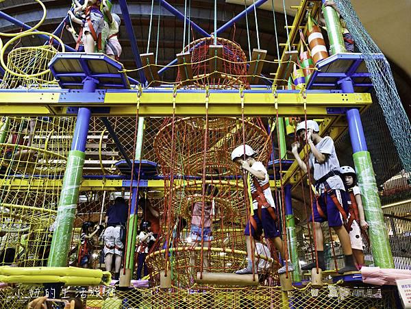 京華城,探索樂園,諾亞方舟繩網迷宮-11.jpg