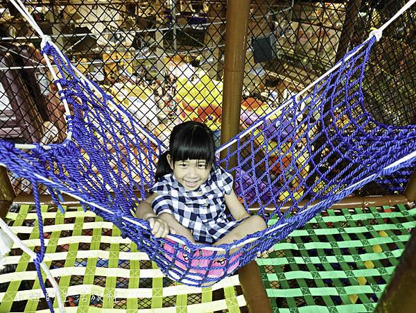 京華城,探索樂園,諾亞方舟繩網迷宮-28.jpg