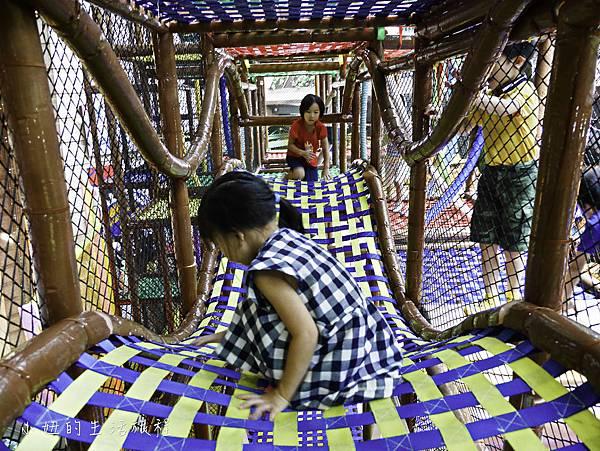 京華城,探索樂園,諾亞方舟繩網迷宮-33.jpg