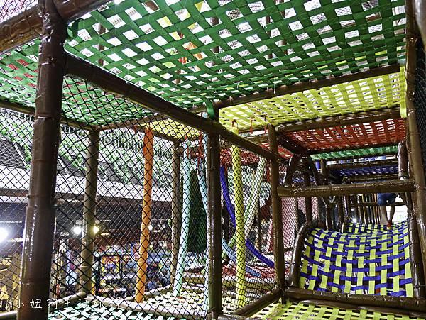 京華城,探索樂園,諾亞方舟繩網迷宮-40.jpg