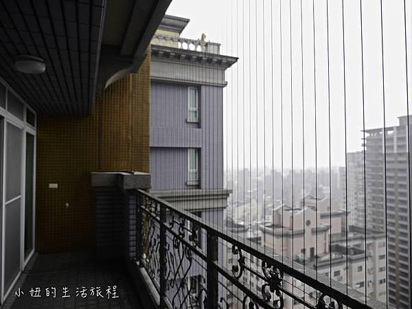 21.也可以隱形鐵窗不只可防止兒童墜樓,也可作為寵物防墜用.jpg