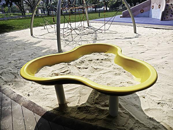 溪北公園,板橋,特色公園,章魚-1.jpg