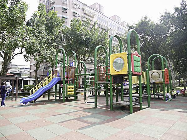 溪北公園,板橋,特色公園,章魚-20.jpg