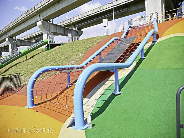 大台北都會公園,幸運草地景溜滑梯,捷運三重站-20.jpg