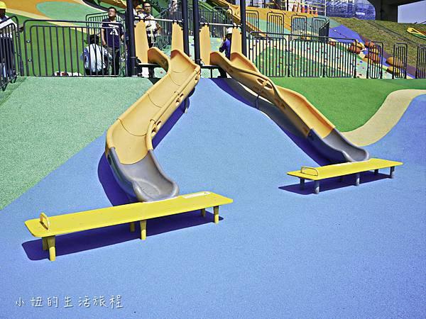 大台北都會公園,幸運草地景溜滑梯,捷運三重站-23.jpg