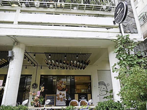 台灣惠蓀咖啡台中審計店,大佛雞蛋糕-2.jpg