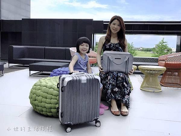 行李箱-2.jpg