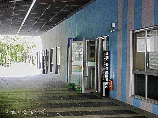 新北蘆洲仁愛智慧圖書館,停車場圖書館-2.jpg