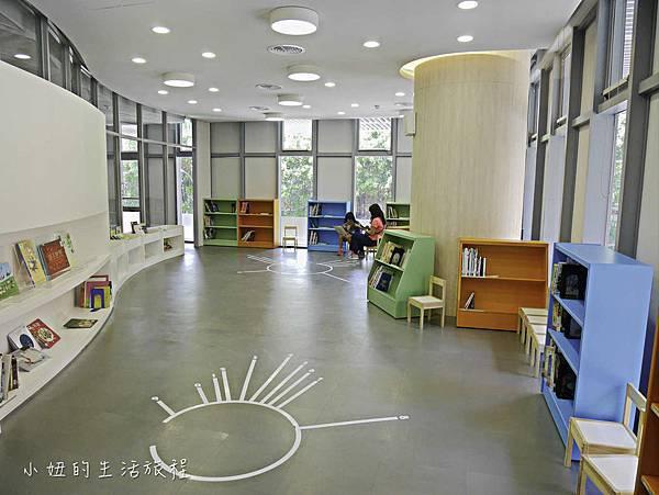 新北蘆洲仁愛智慧圖書館,停車場圖書館-7.jpg